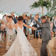 People dancing on auckland oak portable floor during the wedding
