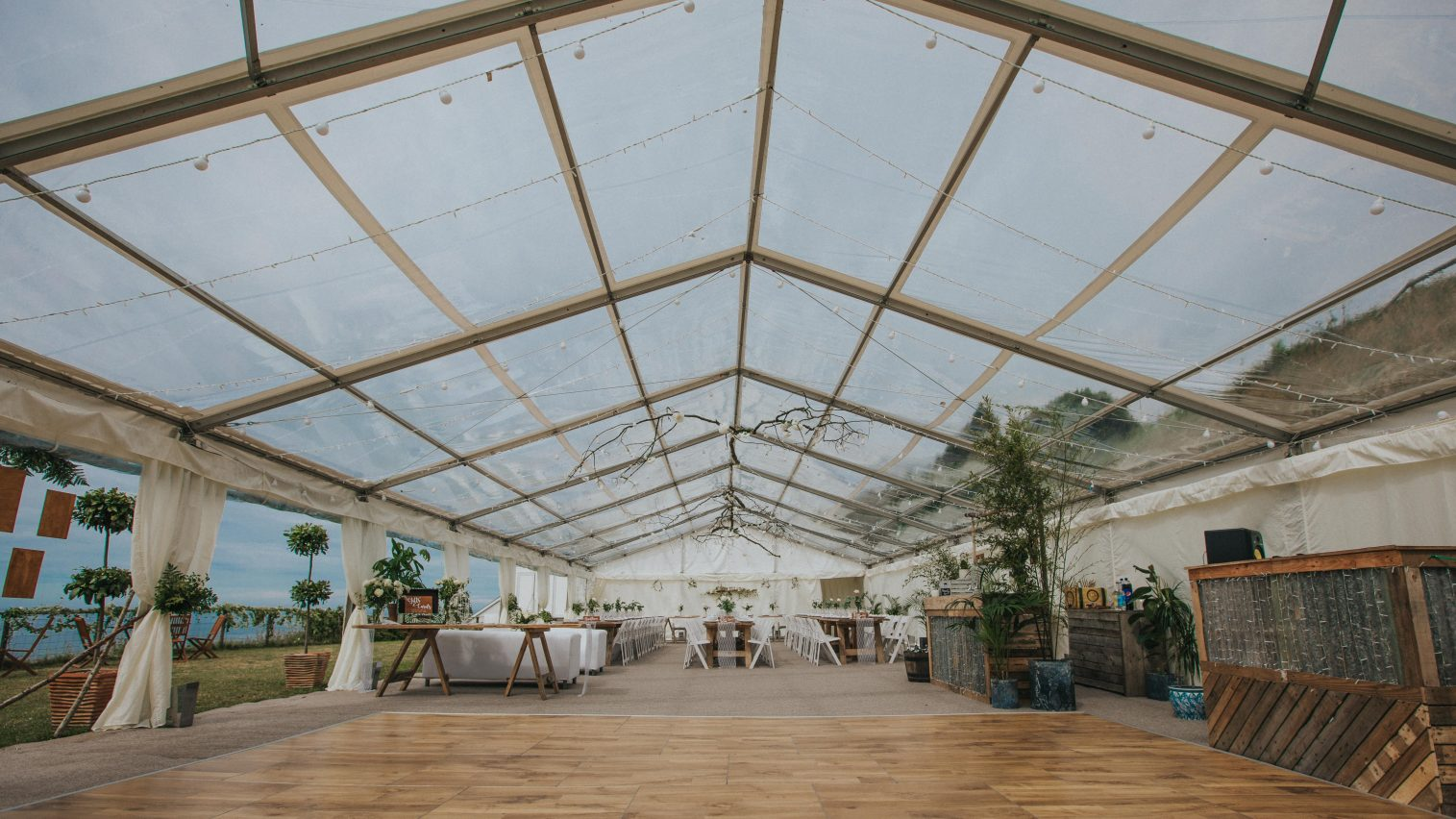 Multilok Auckland Oak Portable Dance Floor - Hatch Marquee Hire